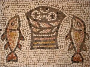 Bread-and-Fish-488x366